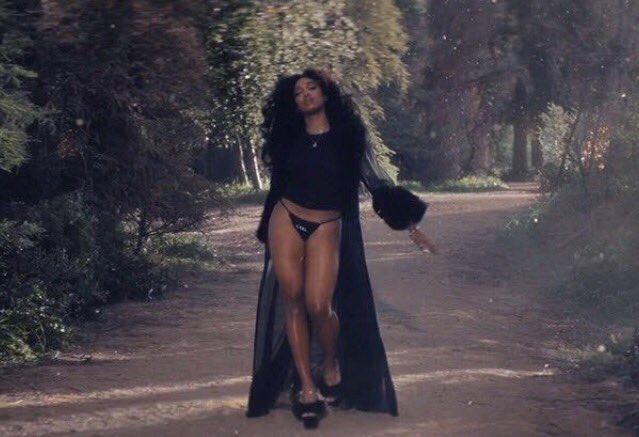 sza supermodel music video